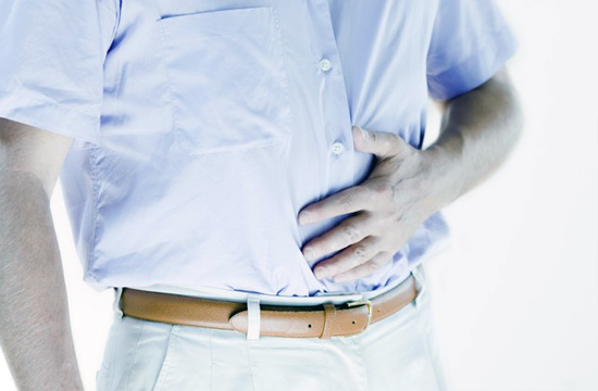 у мужчины болит живот от неправильного питания
